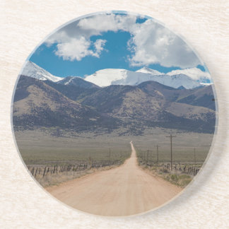 Porta-copos Cruzamento da estrada da parte traseira do vale do
