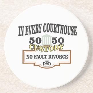 Porta-copos custódia 50 50 em cada tribunal