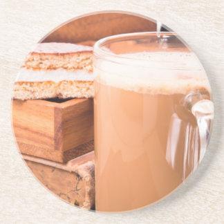 Porta-copos De Arenito Caneca grande de cacau quente com espuma