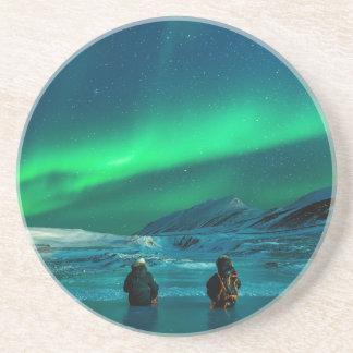 Porta-copos De Arenito Casal verde da paisagem da aurora boreal
