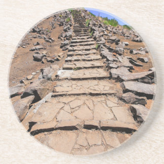Porta-copos De Arenito Fuga de caminhada que conduz a montanha em Madeira