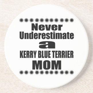 Porta-copos De Arenito Nunca subestime a mamã de TERRIER de AZUL de KERRY