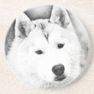 Porta-copos De Arenito Rouco Siberian branco com esboço das belas artes