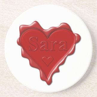 Porta-copos De Arenito Sara. Selo vermelho da cera do coração com Sara