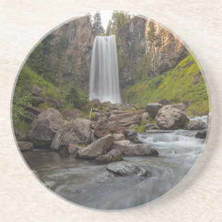 Porta-copos De Arenito Tumalo majestoso cai em Oregon central EUA
