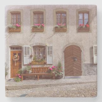 Porta Copos De Pedra Casa na vila do Gruyère, suiça