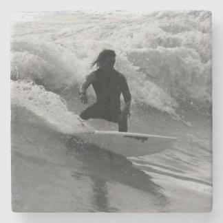 Porta Copos De Pedra Surfando o Grayscale das ondas