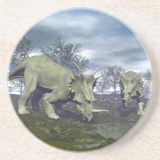 Porta-copos Dinossauros do Styracosaurus que vão molhar - 3D