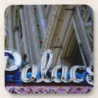 Porta copos do famoso do teatro do palácio de Los