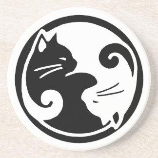 Porta copos dos gatos de Yin Yang