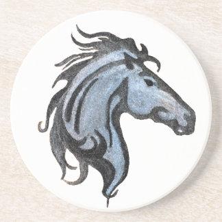 Porta copos dramática do arenito do cavalo