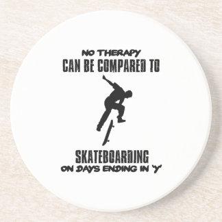 Porta-copos esfrie e tendendo o DESIGN skateboarding