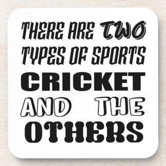 Porta Copos Há dois tipos de esportes cricket e outro