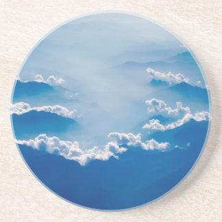 Porta-copos Montanhas e nuvens