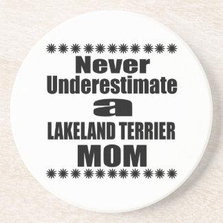 Porta-copos Nunca subestime a mamã de LAKELAND TERRIER