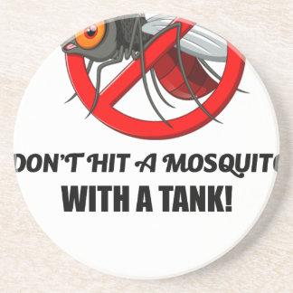 Porta-copos o mosquito não o bate com um tanque