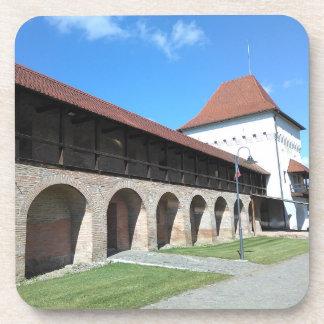 Porta-copos Parede e bastião medievais da fortaleza