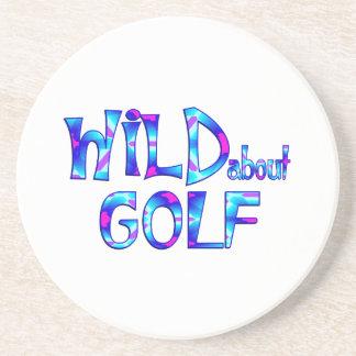 Porta-copos Selvagem sobre o golfe