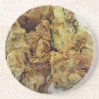 Porta-copos Vegetais crocantes panados e fritados com limão