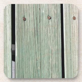Porta-copos Verde e passagem de madeira da prancha de Brown