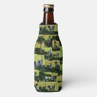 Porta-garrafa Fox Terrier a colagem longa da foto do dia