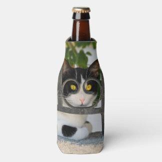 Porta-garrafa Olhos de gato curiosos com a foto engraçada do