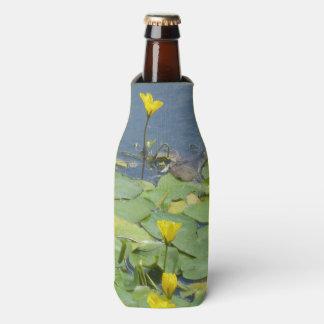 Porta-garrafa Refrigerador da garrafa dos lírios de água amarela