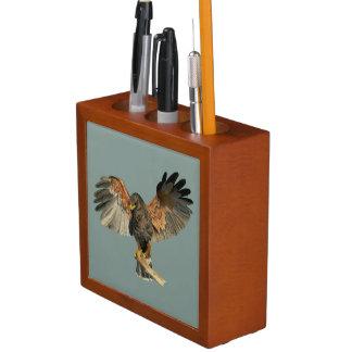 Porta-lápis O Flapping do falcão voa a pintura da aguarela