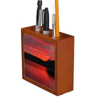 Porta-lápis Organizador vermelho da mesa do céu