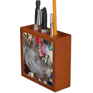 Porta Lápis Passeio do carrossel do rinoceronte no carrossel