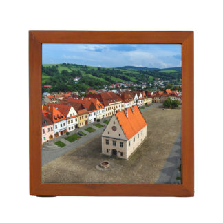 Porta Lápis Praça da cidade velha em Bardejov em o dia,