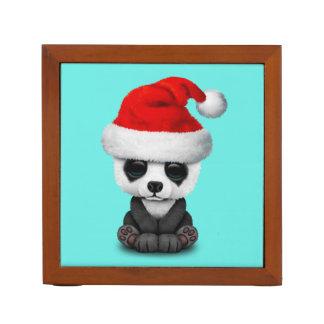Porta-lápis Urso de panda do bebê que veste um chapéu do papai