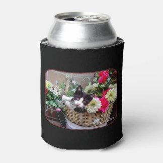 Porta-lata Gatinho em uma cesta