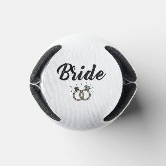 Porta-lata Noiva com o presente de casamento do anel de