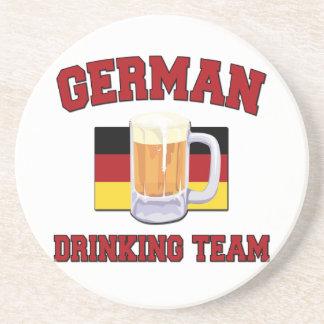 Portas copos alemãs da equipe do bebendo porta copos de arenito