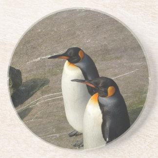 Portas copos dos pares do pinguim porta copo