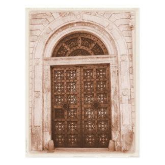 Portas de madeira na Barcelona de um quarto velha Cartão Postal
