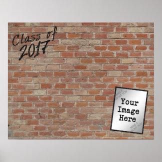 """Pôster A classe de 2017 """"escreve assinaturas na minha"""