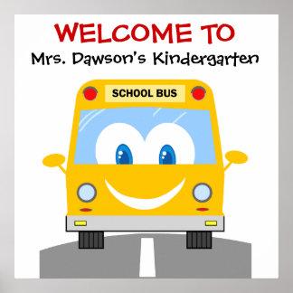 Poster amarelo de sorriso da boa vinda da escola d