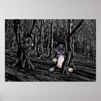 Poster Coelho assustador nas madeiras escuras