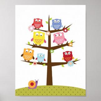 Poster Corujas do berçário em uma arte da parede da árvor