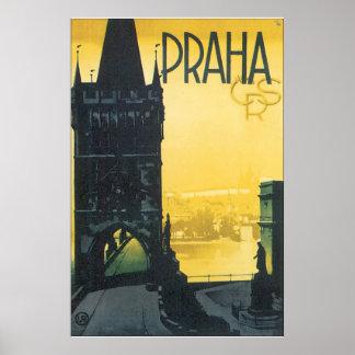 Poster das viagens vintage de Praha Pôster