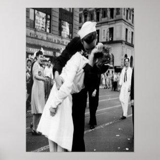 Poster de beijo do beijo do vintage Couple.Hug