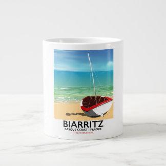 Poster de viagens da praia de Biarritz France Caneca De Café Gigante