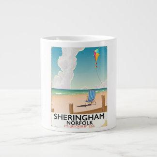 Poster de viagens da praia de Sheringham Norfolk Caneca De Café Grande