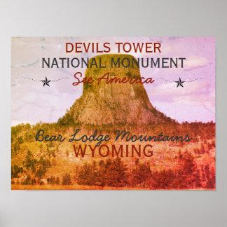 Poster do monumento nacional da torre dos diabos