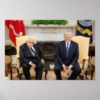 Pôster Donald Trump com Henry Kissinger