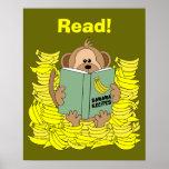 Poster engraçado da leitura do macaco dos desenhos