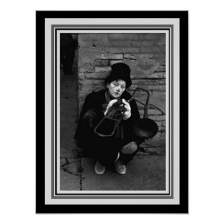 Pôster Fotografia-Palhaço do vintage B&W com Trombone 12