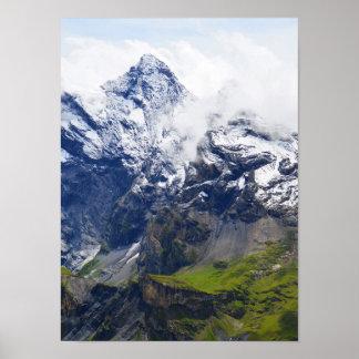 Pôster Montanha nos cumes suíços